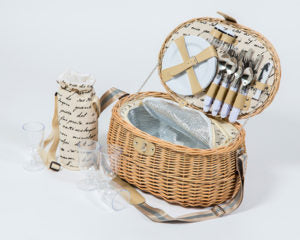 Fantasy Picnic Basket - 4 person