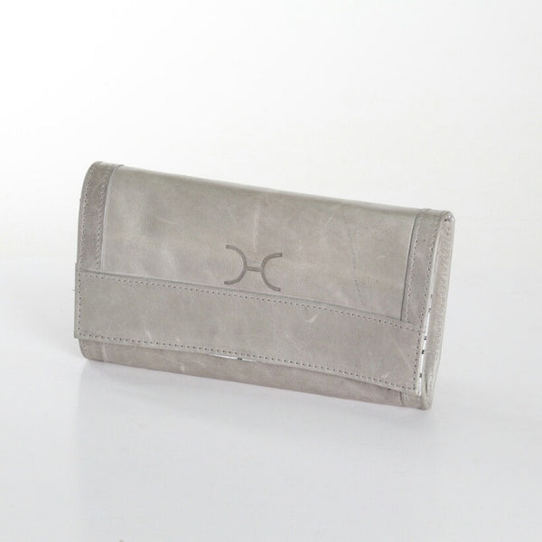 Thandana Travel clutch