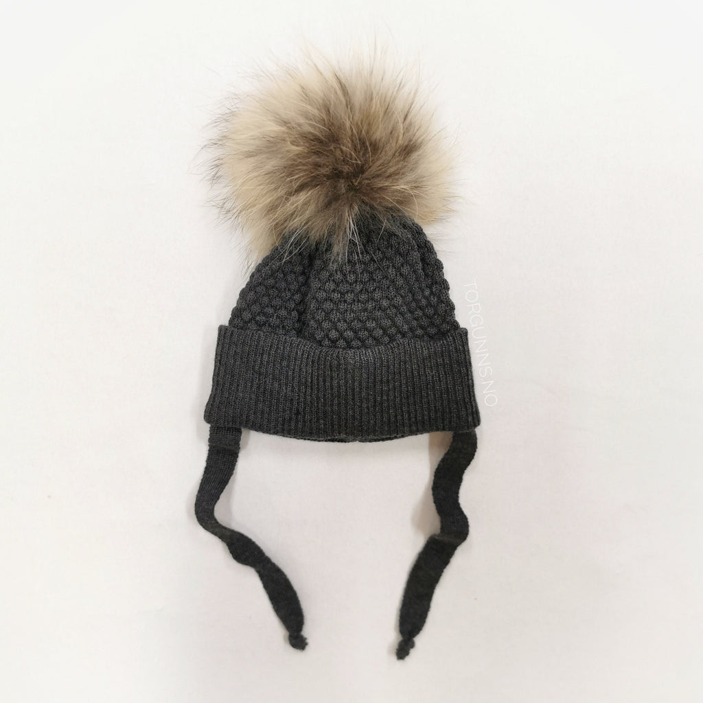 mp Denmark CHUNKY OSLO Beanie w/Natural Pom - DARK GREY Luer MP