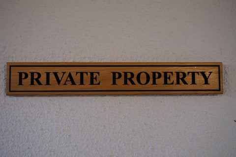 Solid Oak Estate Gate Sign. (L 52cm : H 7.7cm : D 2.5cm..)