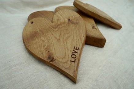 Solid oak or walnut hardwood heart-shaped kitchen, cake, cheese board, bespoke engraving gifts & accessories handcrafted by the Fine Wooden Article Company. Medium