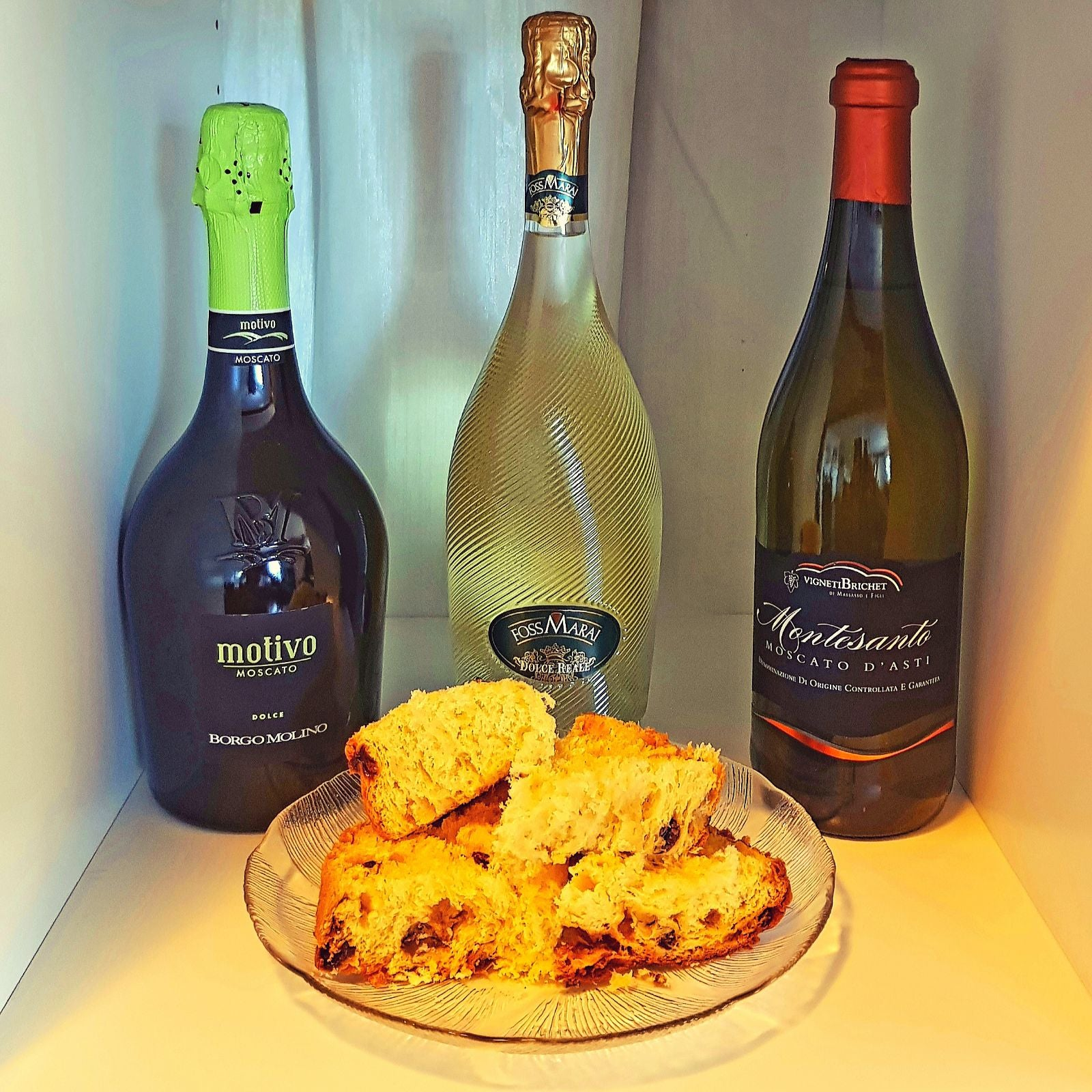 Traditional Italian Christmas Desserts & Wine Pairings