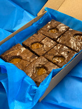 Load image into Gallery viewer, Salted Caramel Brownies - Northern Brownies