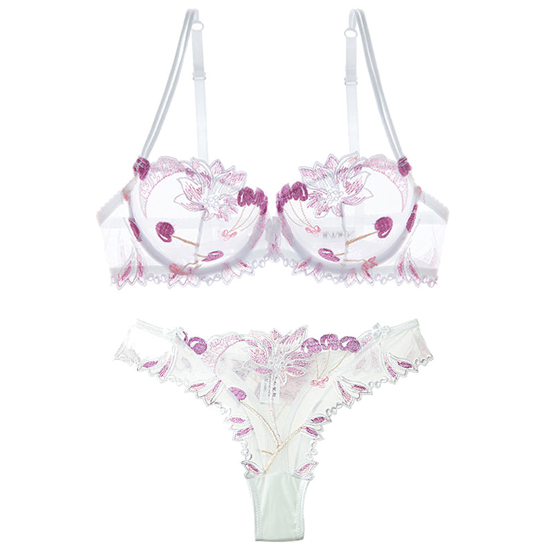 Ari Lace Lingerie Set