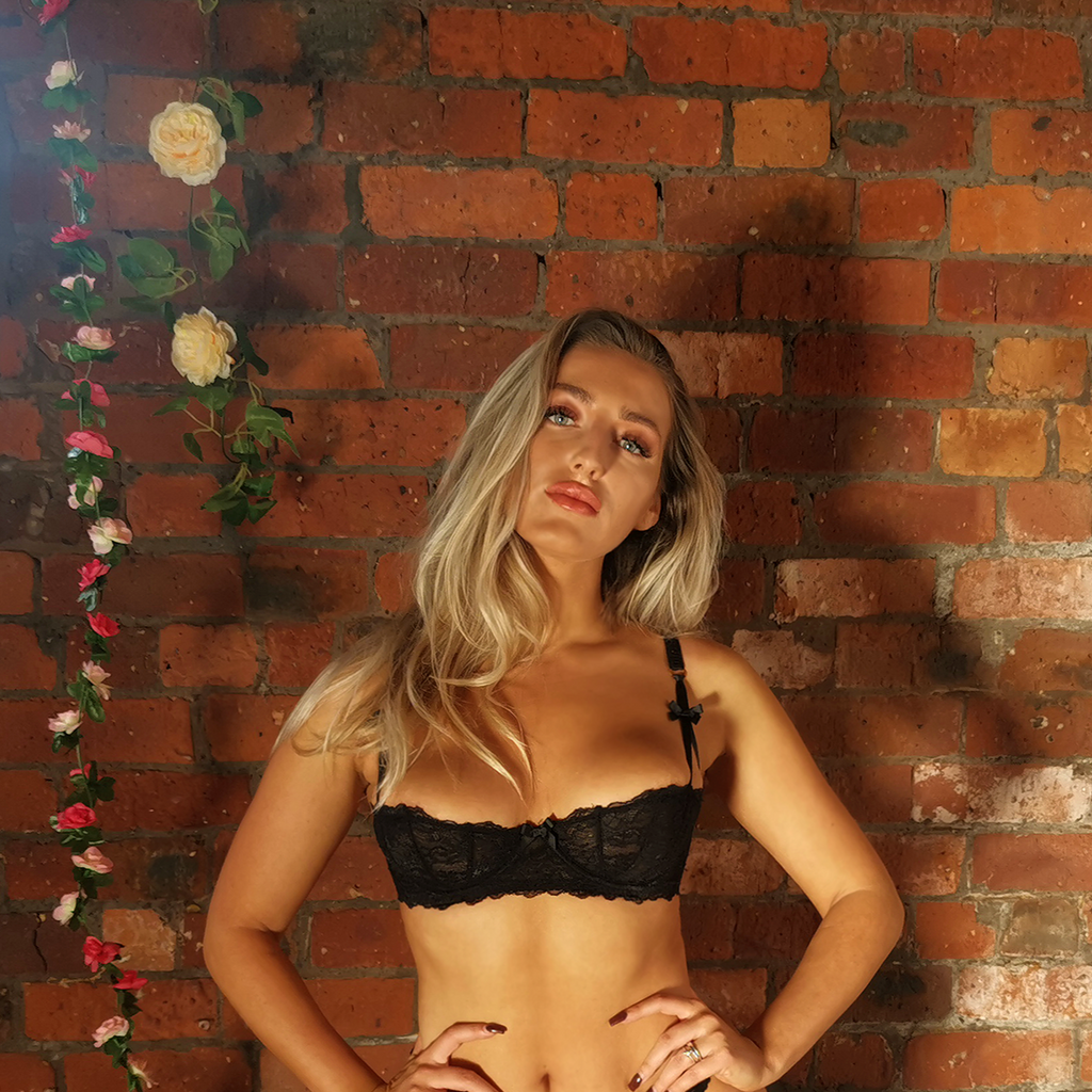 Emilia Lingerie Set - Black