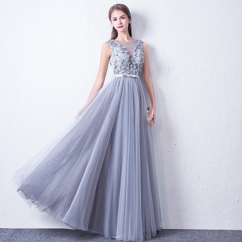 Sleeveless Tulle Embellished Prom Dress