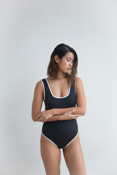 Marion One Piece - Black