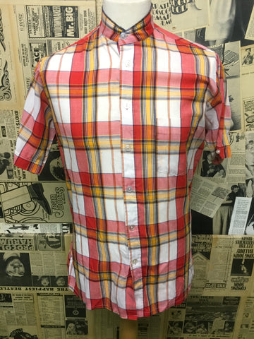Vintage Grandad Collar Checked Shirt in Red & White - Size L - Product Vintage