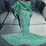 Luxurious Knitted Mermaid Tail Blanket - Green