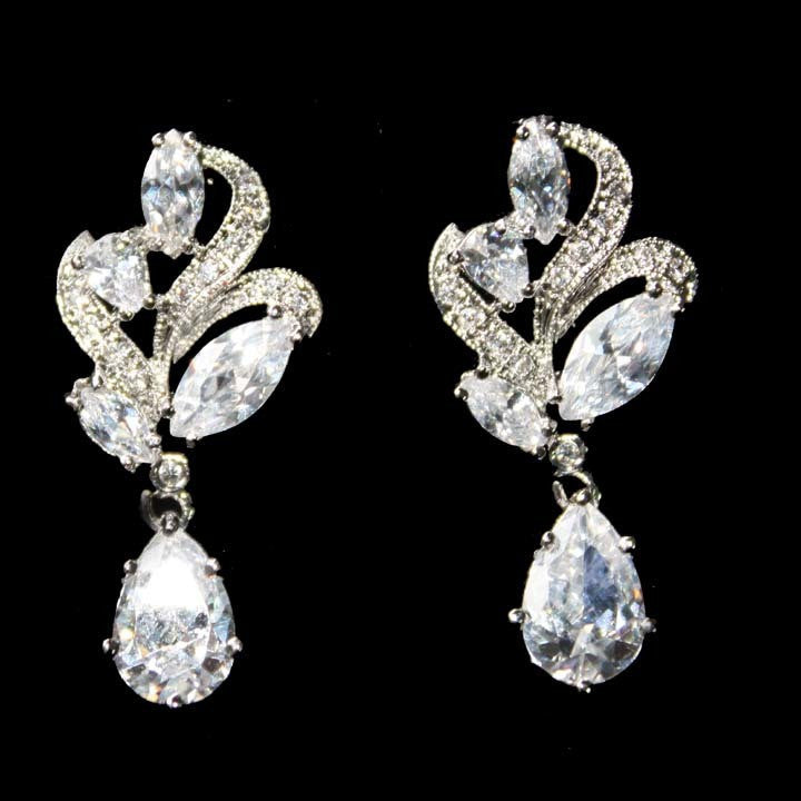 Clear Cubic Zirconia CZ Chandelier Bridal Drop Earrings Vintage Style Jewelry