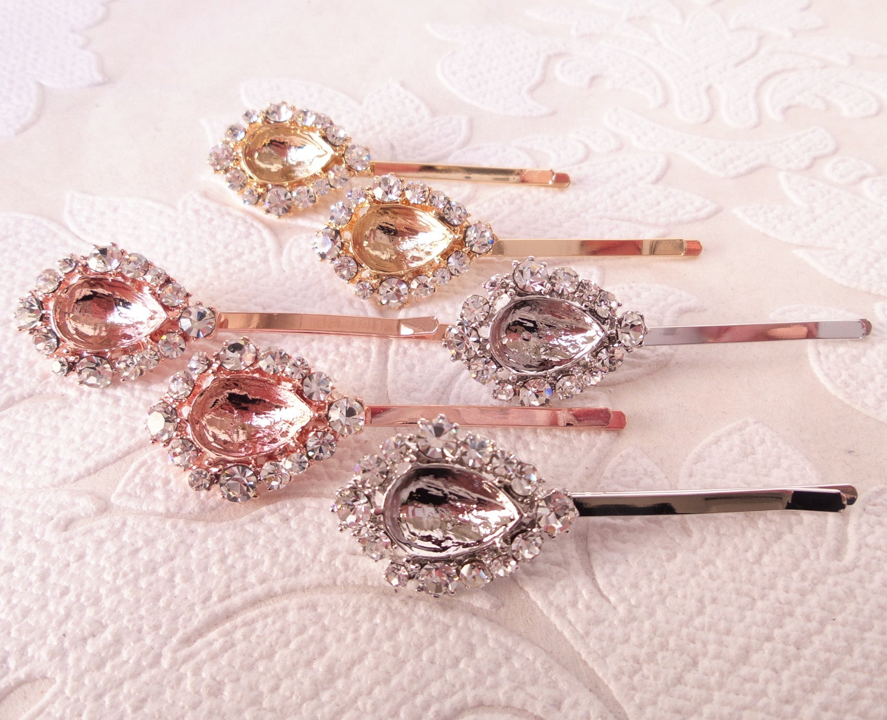 Halo Bobby Pin Settings for 10 x 14mm Pear Rhinestone