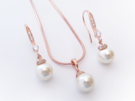 Pearl Drop Minimal Bridal Set