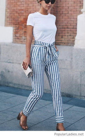 https://www.popularladies.net/fashion-printed-pants-with-a-simple-white-tee.html