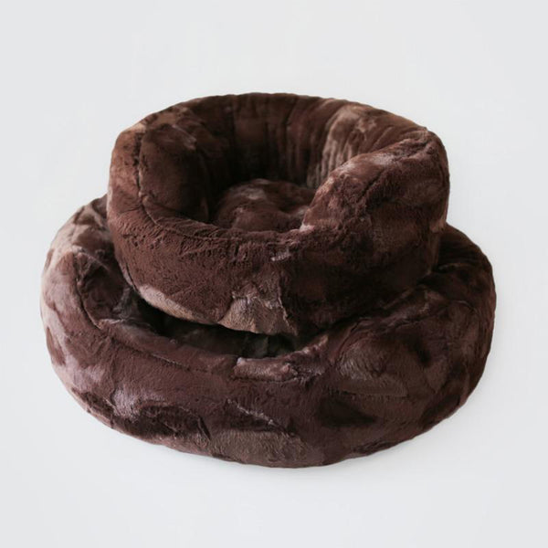 Amour Dog Bed: Chocolate