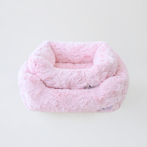 Bella Dog Bed: Baby Pink