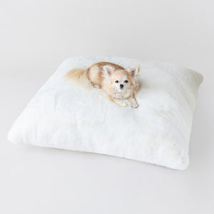Serenity Dog Bed: Cream