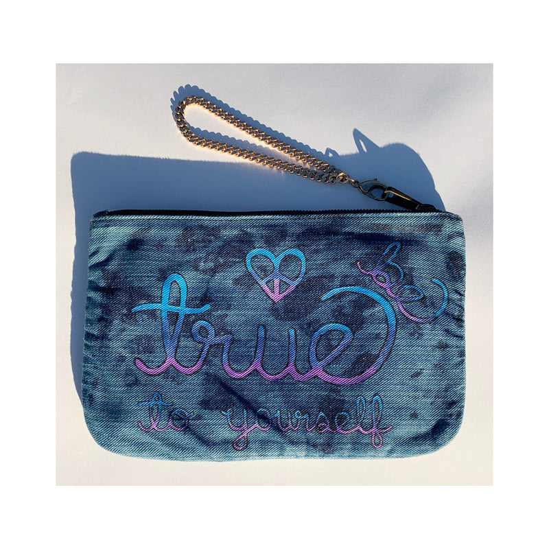 LOVE DENIM POUCH