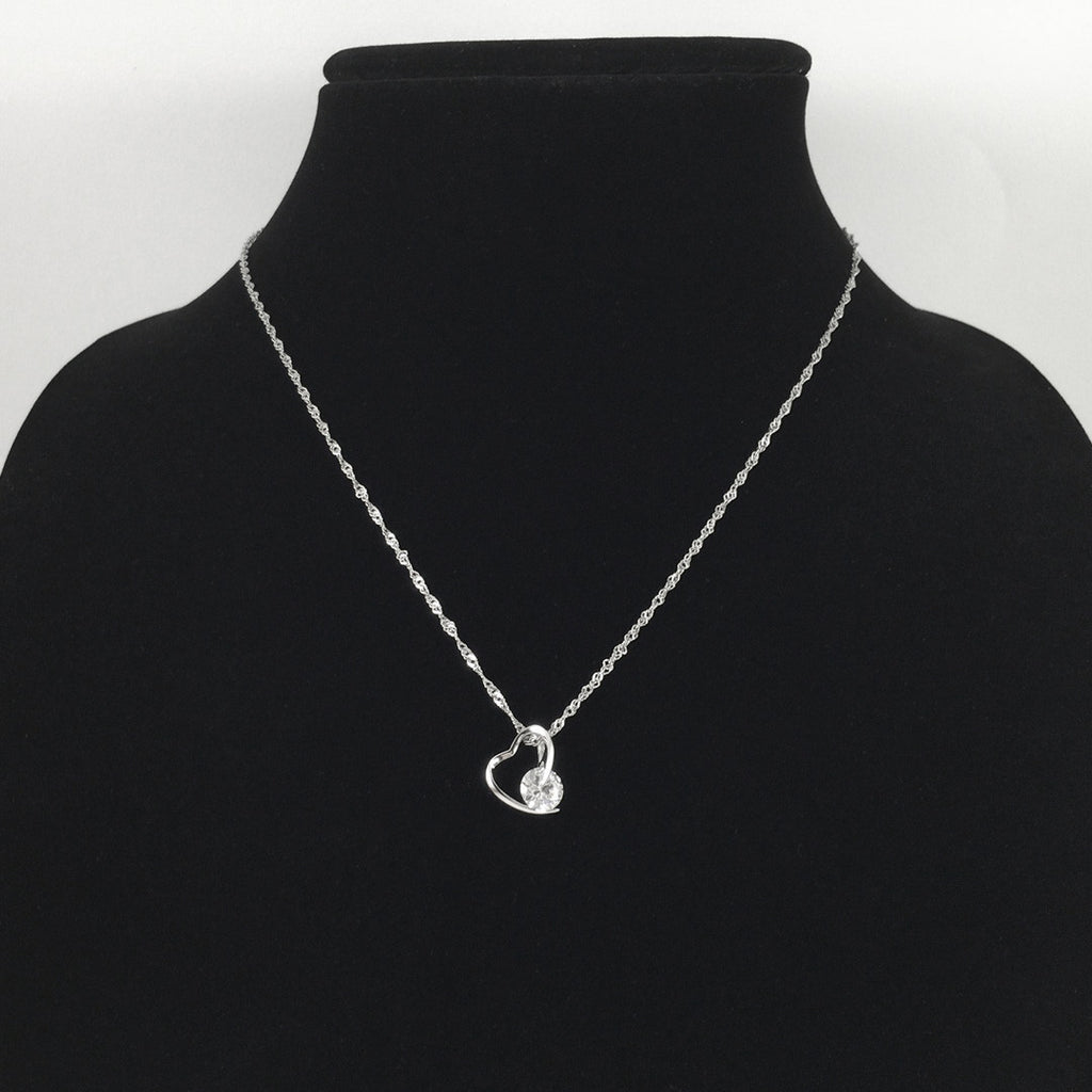 CRYSTAL POINT HEART SILVER NECKLACE
