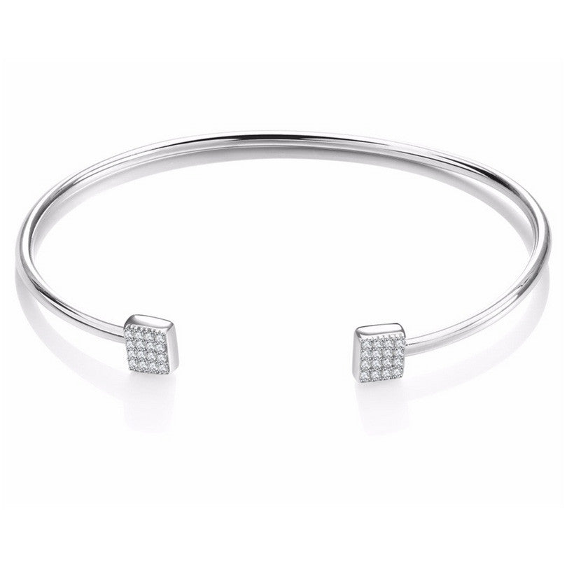 UNITY CRYSTALS BANGLE BRACELET
