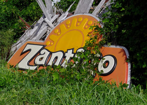Old Zantigo Sign