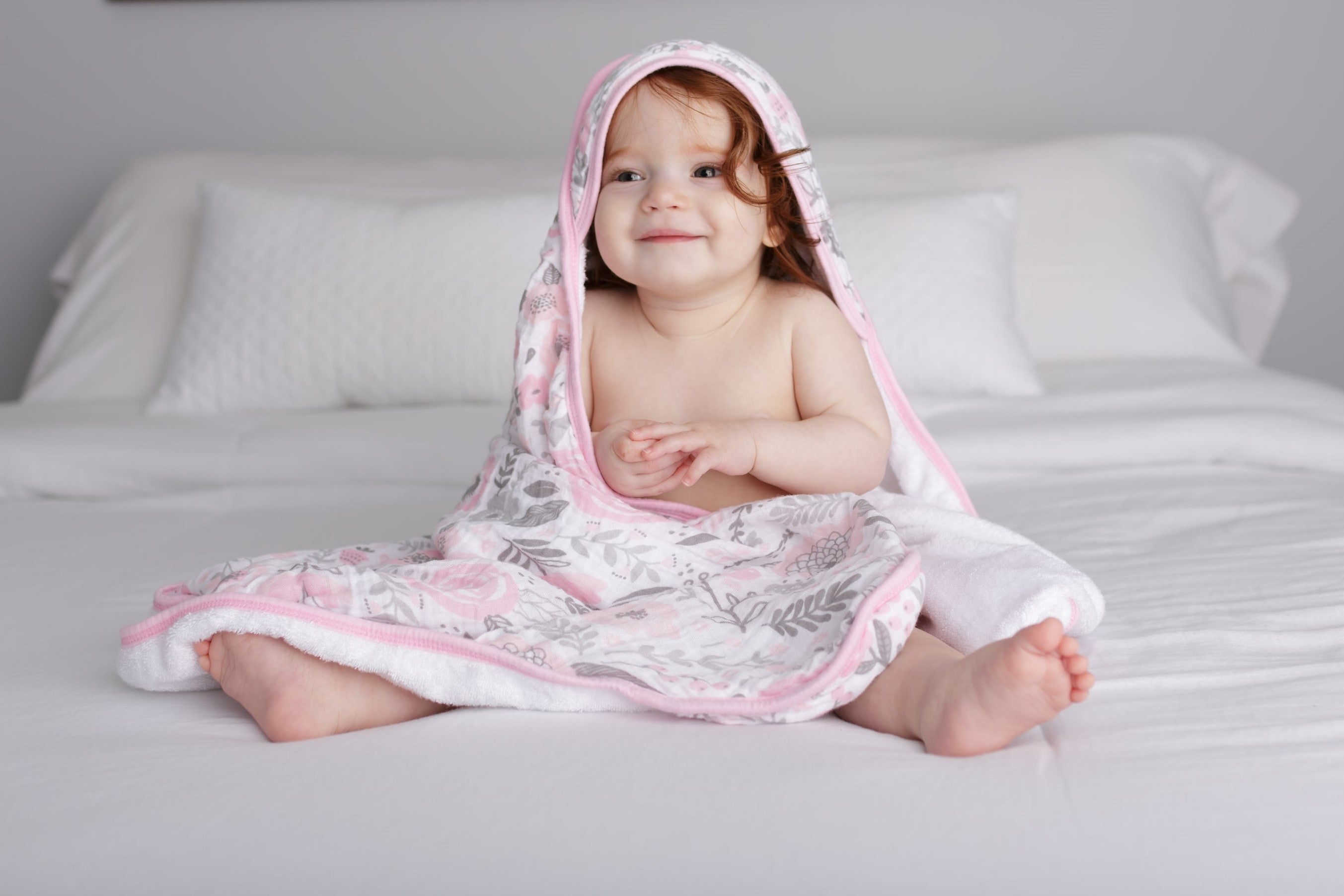 muslin hooded towel- blossom