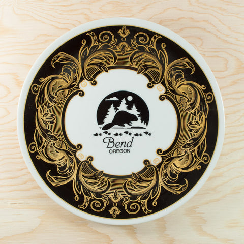 Souvenir Plate Bend Oregon Black White and Gold Display use only