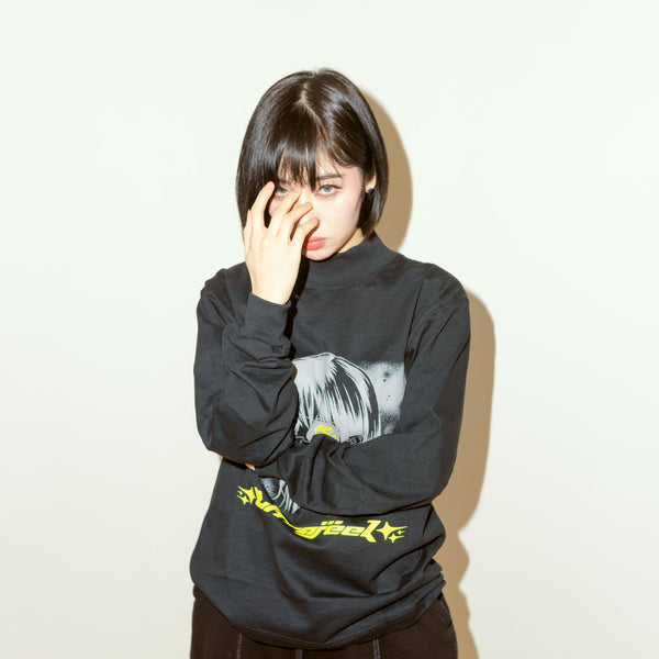 Space love turtle neck black