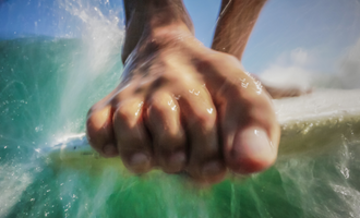 Researchers Believe Barefootedness Might Actually Improve Your Surfing