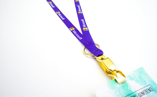 <strong>zip my dress<sup>®</sup></strong> Custom Sustainable Lanyard for Conferences, Events, Offices