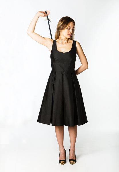 <strong>zip my dress<sup>®</sup></strong> Black ribbon
