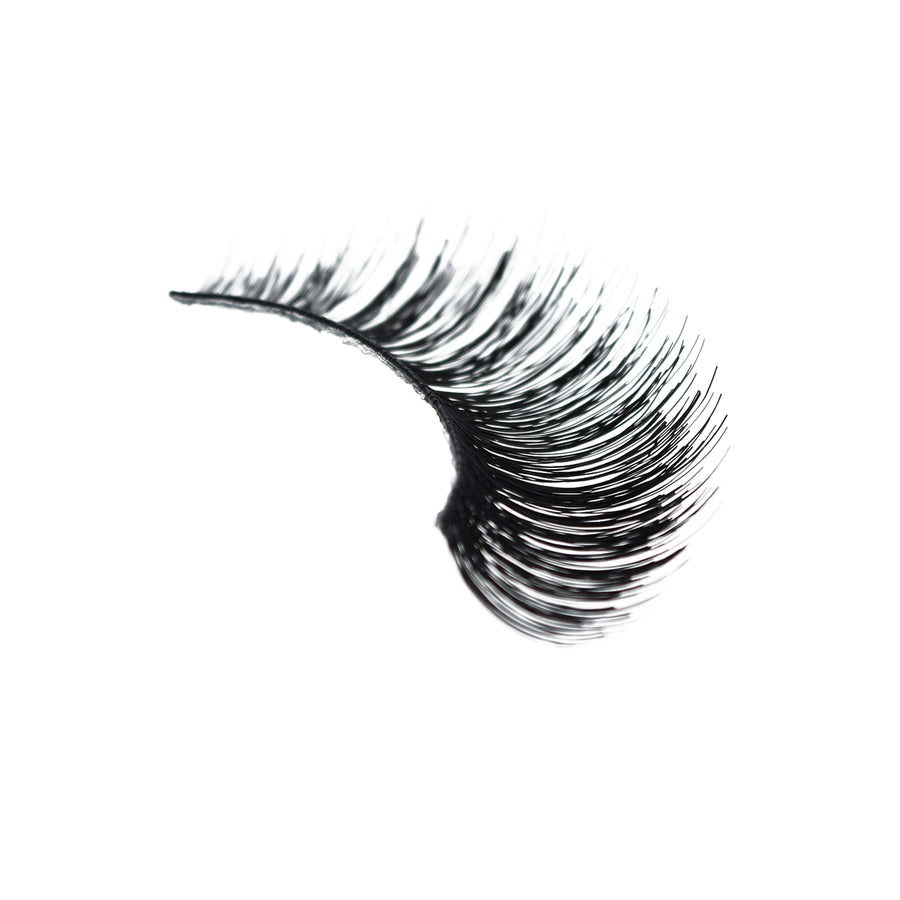 202 - Amorus USA False Eyelashes Fake Lashes Amor Us C