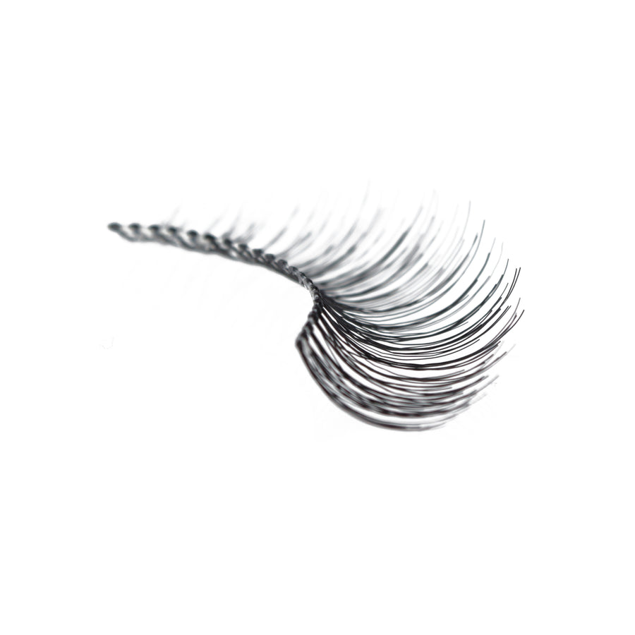 747L 747 L - Amorus USA False Eyelashes Fake Lashes Amor Us