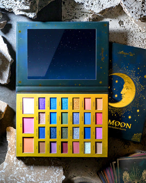 The Moon - Pressed Pigment Palette