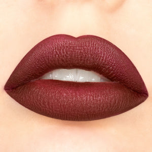Amorus USA Amor US #amorususa beauty cosmetics makeup cruelty-free Velvety Kiss Matte Liquid Lipstick Full Coverage Matte Finish Highly Pigmented Long Lasting Payoff