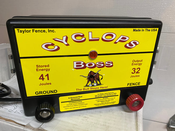 Cyclops Fence Charger -Limited Black Edition