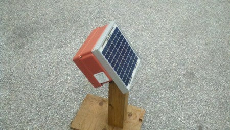 cyclops hero solar electric fence charger
