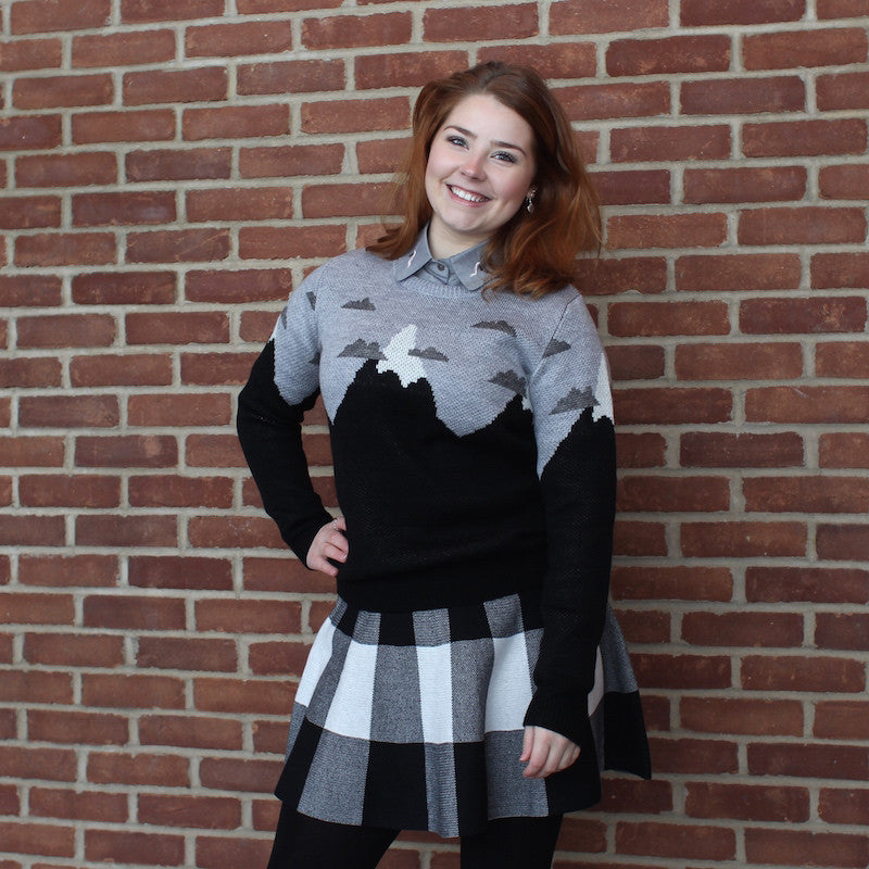 Kling winter sweater with mountain drawings available at novelstyle shop
