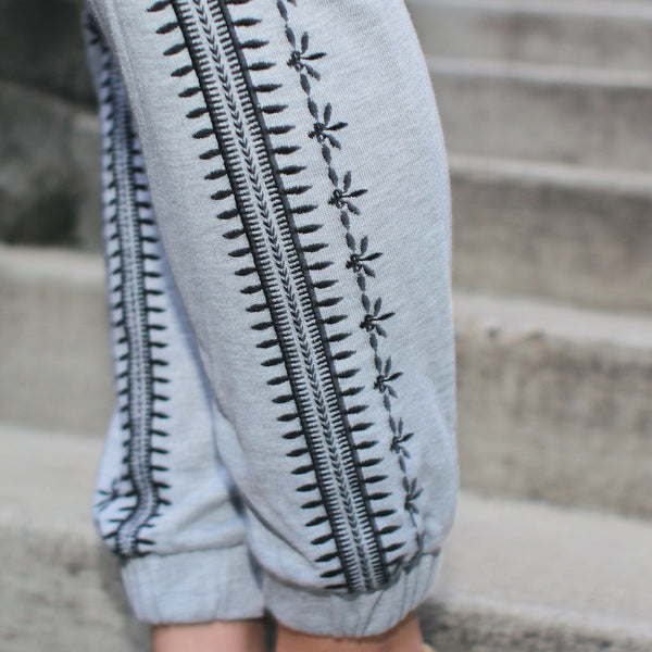embroidered sweatpants from Blu pepper