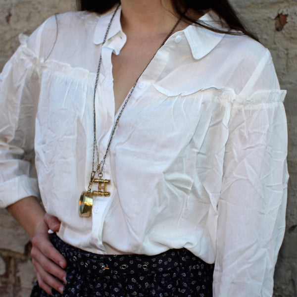 Novelstyle online shop Cute oversized white shirt with ruffles