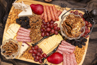 How to Prepare A Charcuterie Board for Halloween