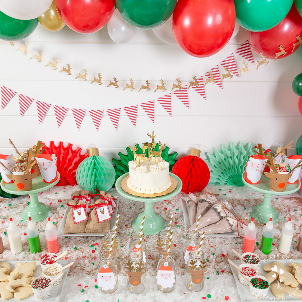 Santa and reindeer party table