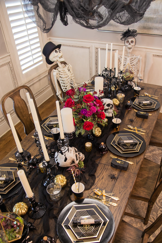 Romantic Gothic Halloween Dinner Table Setting Halloween Party
