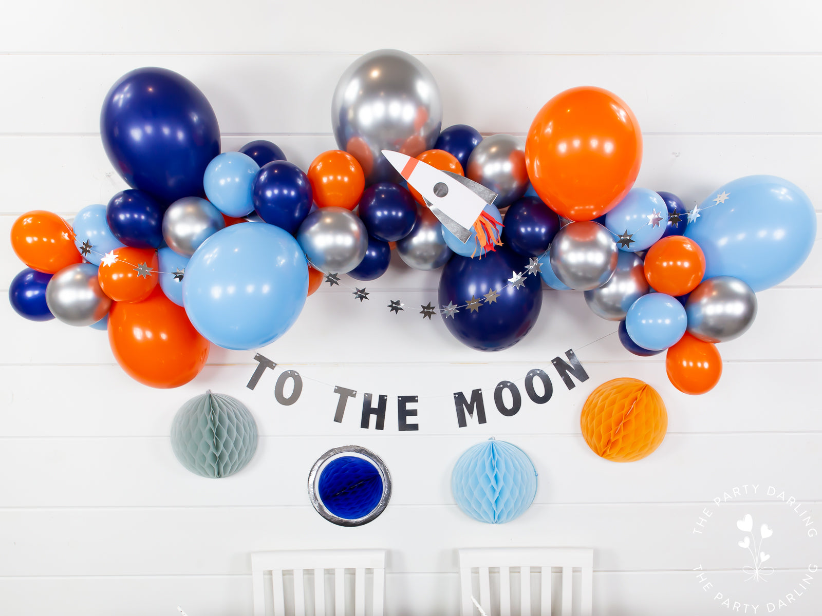 Space balloon garland