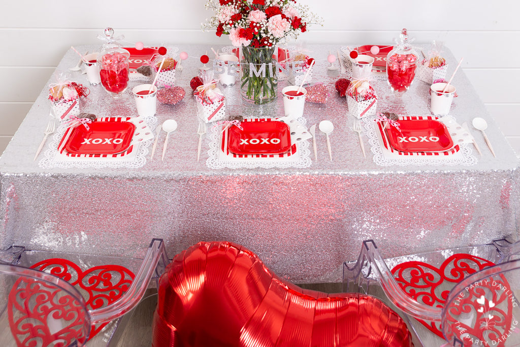valentines party table setting
