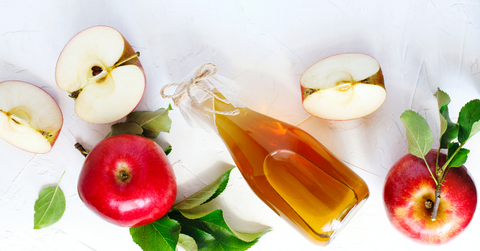 Apple Cider Vinegar to bring back the shine in your hair