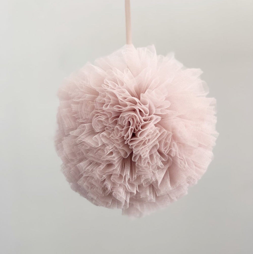 Tulle pom pom. blush and vanilla