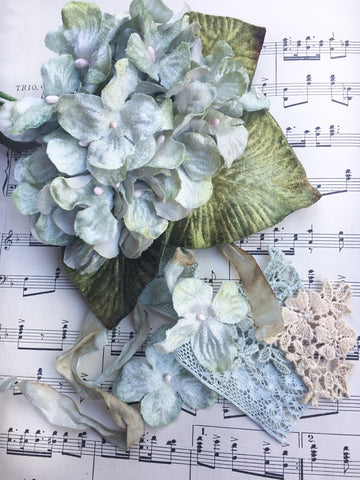 Hydrangea Posy Antique Blue