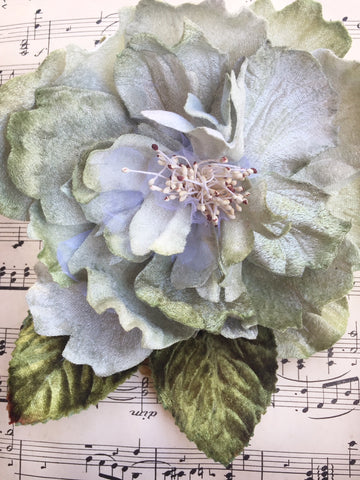 CABBAGE ROSE FRENCH BLUE