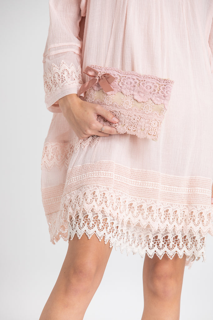 Small Lace zip bags. lace purse