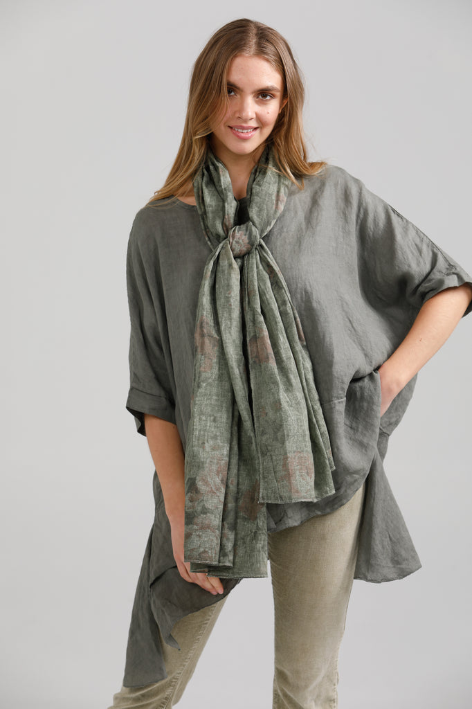 floral cotton scarf. Olive